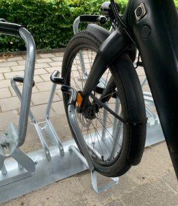 Voorvorkondersteuning bij het Woma fietsenrek